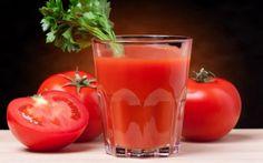 Un studiu arată că dacă vei bea un pahar cu suc de roşii pe zi, acest truc te poate ajuta să îţi subţiezi considerabil talia. Un pahar zilnic de suc de tomate ar putea fi cheia pentru a pierde în greutate şi pentru a reduce circumferinţa taliei, arată un studiu recent. Femeile care au băut …