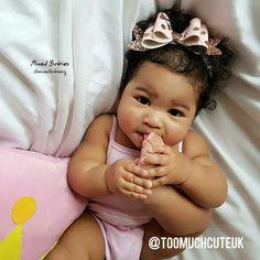 Cute Kids, Cute Babies, Baby Kids, Mommy Daughter Photography, Newborn Black Babies, Precious Children, Baby Models, Baby Girl Fashion, Cute Photos