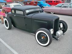 A collection of Street Rods Hot Rod Trucks, Cool Trucks, Cool Cars, Chevy Trucks, Pickup Trucks, Classic Hot Rod, Classic Cars, Hot Rod Autos, Chevy Ssr