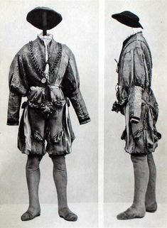 Clothes of Andreas Wild von Wynigen 1520-50 Wams is red yellow blue damask yellow cloth hose