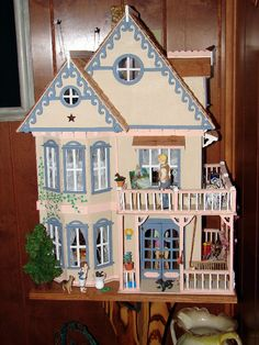 Home sweet home. Dollhouse Design, Christmas Houses, Painted Ladies, Barbie House, Miniature Houses, Woman Painting, Made Of Wood, Doll Houses, Plastic Canvas