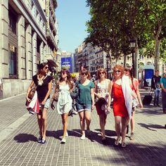 «#tropjolie #roadtrip #europeantrip #barcelona #spain #espana #mediterraneanlife #voyagevoyage #friend #friendly #friendtrip #copine #love #lovely #lovepix…»