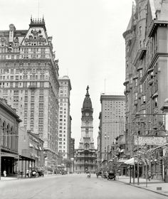 """Shorpy Historical Photo Archive Philadelphia circa """"Broad Street north from Walnut."""" With City Hall, William Penn and two young friends center stage. Philadelphia History, Philadelphia City Hall, Philadelphia Chinatown, Old Pictures, Old Photos, Vintage Photographs, Vintage Photos, Places To Travel, Places To See"""