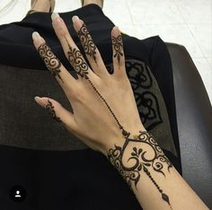 ❤️ Mehndi Designs Book, Stylish Mehndi Designs, Mehndi Designs For Fingers, Henna Designs Easy, Latest Mehndi Designs, Henna Tattoo Designs, Mehandi Designs, Henna Tattoo Hand, Henna Mehndi