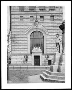 West 73rd Street. Central Savings Bank, detail of 73rd Street entrance.