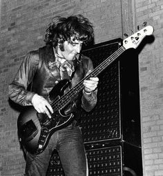 Leo Lyons, bassist and cofounder of Ten Years After