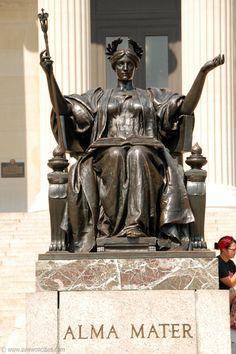 Alma Mater Statue, Columbia University