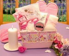 Great ideas for homeade gift basket themes. :)
