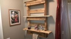 bathroom shelve from a pallet