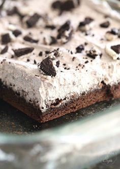 Potluck Oreo Bars...a delicous cookie base that starts with a cake mix, topped with a light Oreo Mousse!