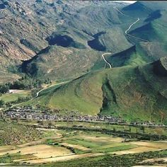 a small town situated in the Cederberg mountains - Western Cape - South Africa Wonderful Places, Beautiful Places, Belleza Natural, Countries Of The World, Places Around The World, Small Towns, Places To See, South Africa, Tourism