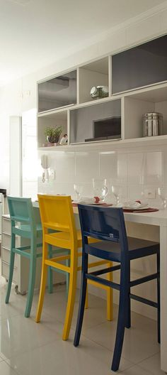 528- Cozinhas pequenas-patricia-kolanian-pasquini-viva-decora Condo Interior Design, Kitchen Design Small, The Home Edit, Condo Interior, Kitchen Decor, Home Decor, Home Deco, Interior Deco, Kitchen Design