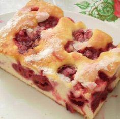 Elronthatatlan meggyes piskóta Recept képpel - Mindmegette.hu - Receptek Hungarian Desserts, Hungarian Recipes, Hungarian Food, French Toast, Muffins, Cooking Recipes, Sweets, Cookies, Baking