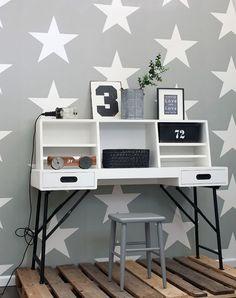 136454 Everybody Bonjour Rasch-Textil Star Wallpaper, Trendy Wallpaper, Kids Wallpaper, Furniture Ads, Home Office Decor, Kids Bedroom, Kids Rooms, Room Inspiration, Wall Decor