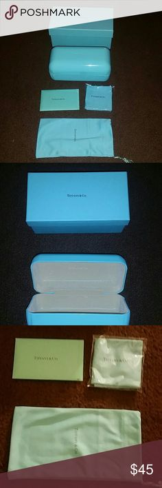 Tiffany & Co sunglasses case kit Like new condition, the cloth and bag is new never used Tiffany & Co. Accessories Glasses