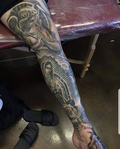 Tattoo by ig:ricardo__avila Jesus Tattoo Sleeve, Leg Sleeve Tattoo, Best Sleeve Tattoos, Tattoo Sleeve Designs, Mens Body Tattoos, Hip Tattoos Women, Arm Tattoos For Guys, Forarm Tattoos, Bff Tattoos