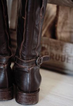 Dark brown leather riding boots - I would wear them everywhere and they'd look like this!
