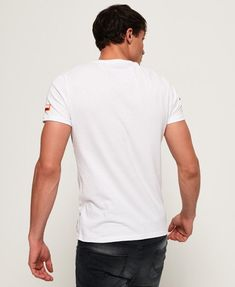 d5a37d6ec Herren-T-Shirts | Einfarbig, gestreift und Langarm
