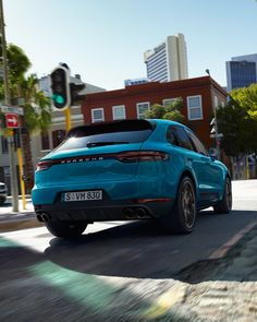 Porsche SUV comes with five doors that are open to any adventure. Check out the Best Porsche SUV Photos For Him, Explore! Porsche Suv, Porsche Macan, New Porsche, Porsche Cars, Porsche Logo, My Dream Car, Dream Cars, Top Luxury Cars, Compact Suv