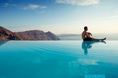 ★★★★ San Antonio - Small Luxury Hotels of the World, Imerovigli, Greece Cool Swimming Pools, Cool Pools, Beach Hotels, Hotels And Resorts, Greek Beauty, Small Luxury Hotels, Santorini Island, Travel Deals, Aesthetic Pictures