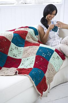 Crochet Today! The Ultimate Blankets Handbook. Ravelry. Free Pattern.