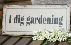 Garden Landscaping Stores Near Me; Urban Gardening Hashtags versus Garden Landscaping Ideas On A Budget Uk for Urban Gardening Soil Contamination enough Garden Landscaping Ormskirk Dig Gardens, Outdoor Gardens, Fairy Gardens, Garden Of Eden, Dream Garden, Garden Junk, Garden Club, Garden Gate, Garden Crafts