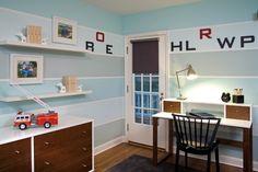 Wandstreifen in Grau und Blau-Kinderzimmer für Jungs-Arbeitsplatz