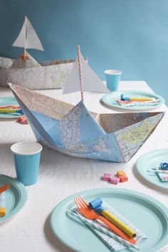 Map Boat Centerpieces DIY | Oh Happy Day! | Bloglovin'