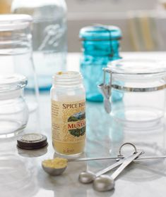 Mustard Powder as Jar Deodorizer Deodorize smelly glass jars by washing them with a mixture of one teaspoon powdered mustard and one quart warm water.