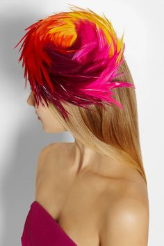 Other than looking like a bird of paradise, the colors are pretty...Piers Atkinson/Cruise feather-embellished felt hat.