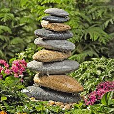 bunten stein gartenbrunnen