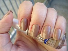 Are you a fan of nude nails? #nudenails