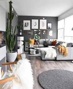 Love this free-flowing living room