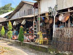 """Man kann so schöne Dinge auf Bali kaufen... und das super günstig. Man muss nur wissen wo.  In den Deko und Antiquitätenläden in den Ferienorten werden diese hübschen Dinge sehr teuer, oft für das 10-fache des Preises, den wir zahlen, verkauft. Wir erwerben sie daher jedes Mal bei den """"Herstellern"""".   #Antiquitäten #Bali #Kunsthandwerk"""