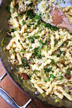 #Food #Recipe / Pasta Carbonara — Easiest Weeknight Dinner