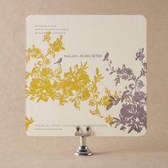Bella Figura offers over 300 eco-friendly invitations