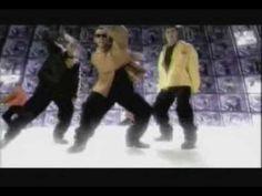 Deze boys hoorden helemaal bij mijn zieke dans moves. Elk liedje werd gebruikt voor een nieuw dansje.