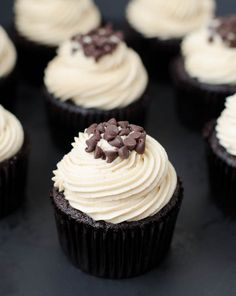 Photo Credit: The Cake Merchant Mocha Chocolate Chip Espresso Cupcakes - perfect pairing of chocolate and coffee! Find the recipe here: http Baking Cupcakes, Yummy Cupcakes, Cupcake Recipes, Cupcake Cakes, Dessert Recipes, Brownie Cupcakes, Gourmet Cupcakes, Strawberry Cupcakes, Easter Cupcakes