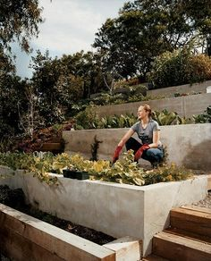 6 Far-Sighted Tips AND Tricks: Backyard Garden Landscape Diy Crafts backyard garden beds spaces.Backyard Garden On A Budget House. Terraced Vegetable Garden, Hillside Garden, Terrace Garden, Sloping Garden, Garden Beds, Vegetable Planters, Terrace Ideas, Veg Garden, Garden Oasis