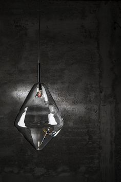 Diamond - Suspension - Pure crystal with glass colored dragonfly inside - Design lamp by ILIDE