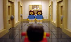 Famous Movie Scenes Created Out of Lego. Alex Eylar is a 21 year-old artist from Oakland, California who creates famous movie scenes using Lego bricks. Famous Movie Scenes, Famous Movies, Cult Movies, Iconic Movies, Horror Movies, Good Movies, Films, Scary Movies, Lego Film