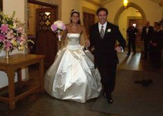 Angie harmon wedding dress