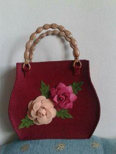 Felt Case, Painted Bags, Fabric Gift Bags, Art Bag, Felt Applique, Patchwork Bags, Zipper Bags, Handmade Bags, Felt Crafts