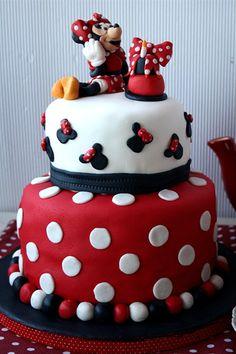Desirvientadas: Minnie Mouse Cake