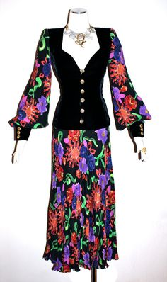 Hey, I found this really awesome Etsy listing at https://www.etsy.com/listing/194458722/vintage-ungaro-parallele-gown-haute