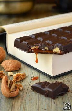 *Placery Sabor*(Tableta de Chocolate Negro con Nueces y Toffee de Pimienta de Jamaica)