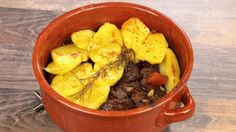Spezzatino e patate in tortiera: Ricette di Cookaround   Cookaround