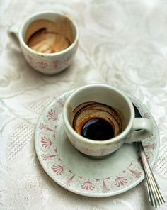 Italy Coffee, Coffee Cafe, Coffee Drinks, Coffee Shop, Coffee Photography, Food Photography, Chocolate Coffee, Coffee Recipes, Coffee Break