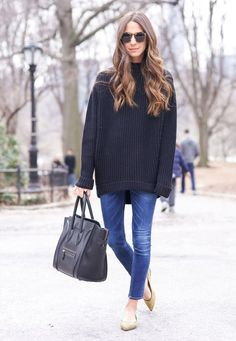 street-style-tricot-black-flat-jeans-comfy