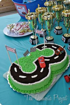 TheDomesticProject - Simple step by step instructions for decorating a Cars birthday cake<br> Blaze Birthday Cake, 3 Year Old Birthday Cake, 3rd Birthday Cakes, Race Car Birthday, Disney Cars Birthday, Cars Birthday Parties, Easy Boy Birthday Cake, Birthday Ideas, Car Cakes For Boys